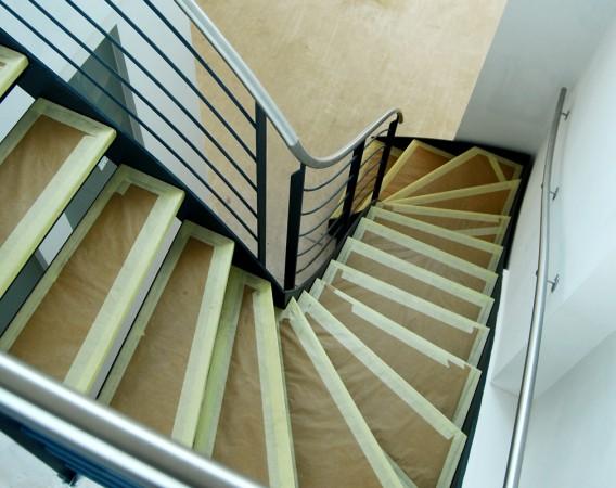 Gewändelte Stahltreppe