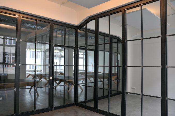 Raumteiler Glas- Eisen