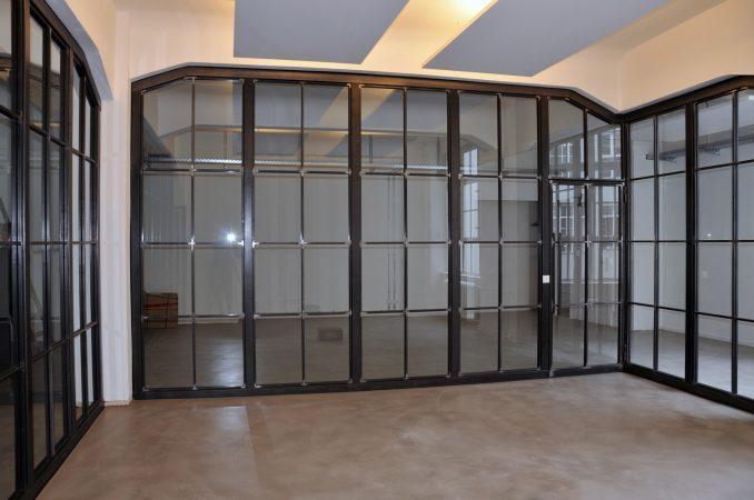 Stahl Glas abtrennung